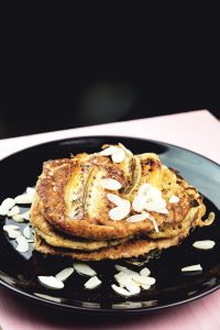 Banana-Bread-Pancakes-5
