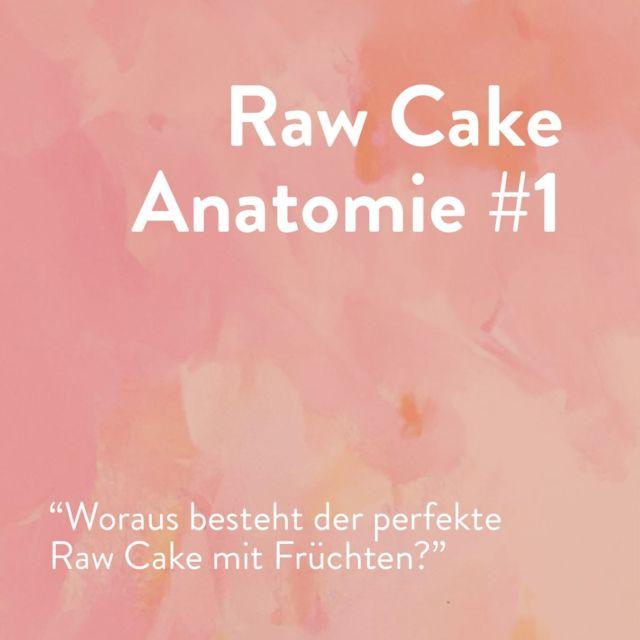"""Ich werde oft gefragt, ob ich meine Raw Cakes auf Cashews Basis mache oder einen Mix aus Kokosmilch und Cashews. Das kann ich so leider nicht beantworten, denn die Wahl hängt von so vielen Faktoren ab. Obwohl Raw Cakes nicht gebacken werden, kommt es trotzdem auf die korrekte """"Chemie"""" an. Sprich, auf das Verhältnis der jeweiligen Zutaten, damit die Konsistenz passt. ⠀⠀⠀⠀⠀⠀⠀⠀⠀⠀⠀⠀⠀⠀⠀⠀⠀⠀⠀⠀⠀⠀⠀⠀⠀⠀⠀⠀⠀⠀⠀⠀⠀⠀⠀⠀⠀⠀⠀⠀⠀⠀⠀⠀⠀⠀⠀⠀⠀⠀ Für fruchtige Raw Cakes liegt meine Präferenz aber ganz klar auf einer Kombination. Cashews machen die Kuchen extra cremig. Eine reine Kombination aus Kokosmilch plus Frucht funktioniert natürlich auch - der Creme wird leichte, aber ihr müsst darauf achten, dass sie nicht kristallisiert und von der Konsistenz her nicht zu """"eisnah"""" wird. ⠀⠀⠀⠀⠀⠀⠀⠀⠀⠀⠀⠀⠀⠀⠀⠀⠀⠀⠀⠀⠀⠀⠀⠀⠀⠀⠀⠀⠀⠀⠀⠀⠀⠀⠀⠀⠀⠀⠀⠀⠀⠀⠀⠀⠀⠀⠀⠀⠀⠀ Was ist eure Lieblings-Kombi? 😊⠀⠀⠀⠀⠀⠀⠀⠀⠀⠀⠀⠀⠀⠀⠀⠀⠀⠀⠀⠀⠀⠀⠀⠀⠀⠀⠀⠀⠀⠀⠀⠀⠀⠀⠀⠀⠀⠀⠀⠀⠀⠀⠀⠀⠀⠀⠀⠀⠀⠀ #rawcake #rawfood #nobake #rohkostkuchen #rohkostkuchenglücklich #rohköstlich #wholefoodplantbased #wholefoodcake #oilfree #sugarfree #dairyfree #vegancake #healthycake #vegan #bestofvegan #veganösterreich #fullyraw #plantbaseddiet #plantbased"""